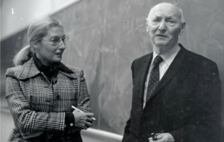 Familial Influences On The Intellectual Development Of Young Isaac Bashevis Singer